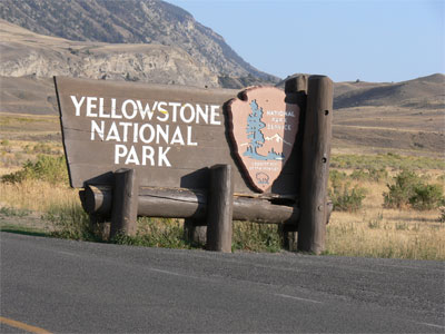 Yellowstone Park - north entrance