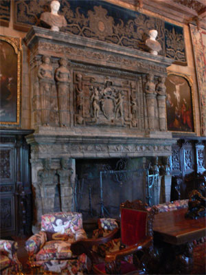 A fireplace in each room with large mantel